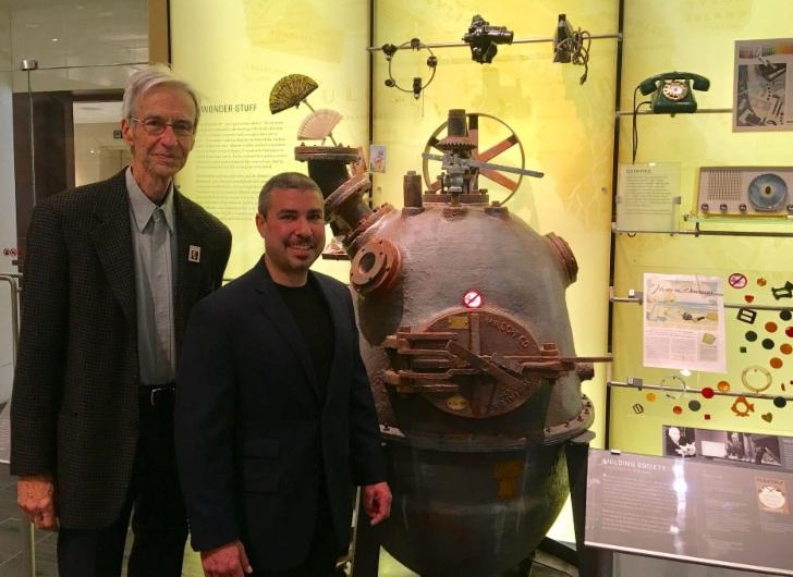 Hugh and Marc visit the Baekeland/Bakelite display at the Science History Institute